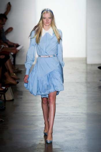 Wear dusk blue to your Afternoon hangouts to be gentle but to stand out