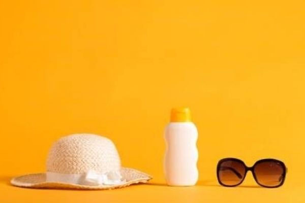 BEAT THE HEAT: 5 Tips To Save Your Skin This Summer