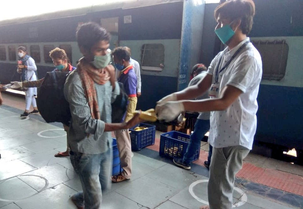 Is Centre Unfair? Plight Of Indian Migrant Workers Amid Lockdown